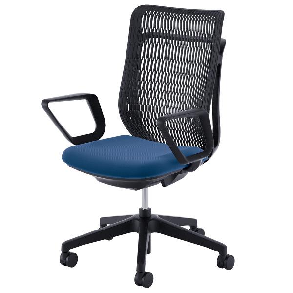 座る人の体格や姿勢に応じたリクライニング強度を自動で調整。長時間の座姿勢も快適にサポートします。<br /> ※こちらはブラックモデルになります