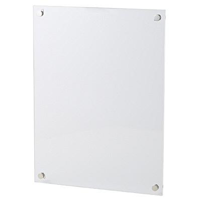 無印良品の白い【スチール工具箱】を使った素敵なインテリアのアイデアをご紹介します。