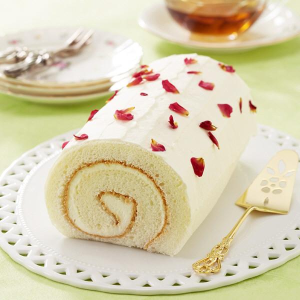バラの花びら入り バラのロールケーキ