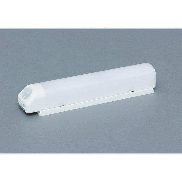 アイリスオーヤマ 乾電池式屋内センサーライト ウォールタイプ シーリングライト BSL40WN-W (直送品)