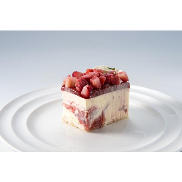 銀座千疋屋 ストロベリーアイスケーキ