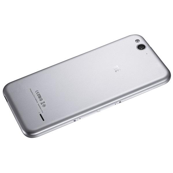 ZTE SIMフリーBlede S6