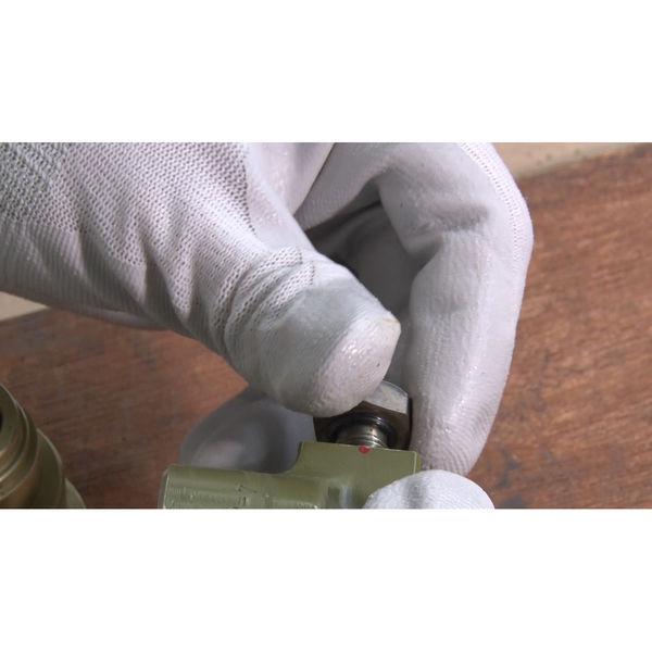 ニトリルゴム背抜き手袋 組立グリップ M 10双 370 ショーワグローブ