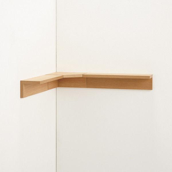 壁に付けられる家具・コーナー棚・オーク材