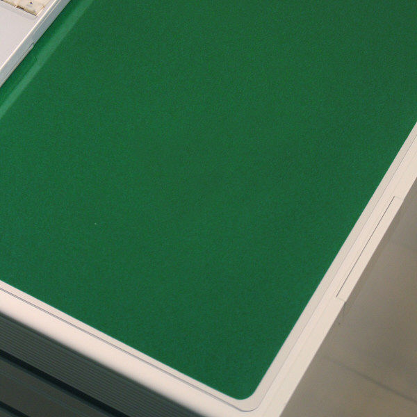 プラス デスクマット クリアータイプ 3号(1355×620mm) 厚さ1.8mm 下敷き付(直送品)