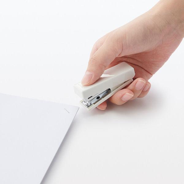 ポリカーボネイト携帯用ステープラー