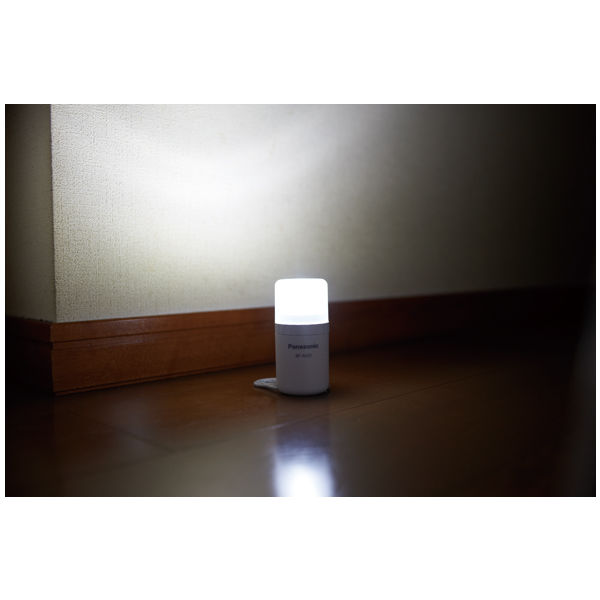 乾電池エボルタ付LEDランタン 1個