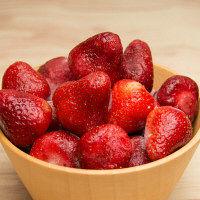 神栄 業務用イチゴ 2.5kg【取寄せ冷凍食材】(直送品)