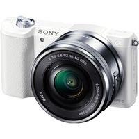 ソニー デジタル一眼カメラ α5100 パワーズームレンズキット ホワイト ILCE-5100L/W 1台  (直送品)