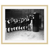 アートプリントジャパン 「Children Lined Up to Mail Letters」 フレーム/XL/木目 1枚