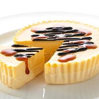北海道・わらく堂 かご盛レアチーズケーキと北海道プリンケーキセット (直送品)