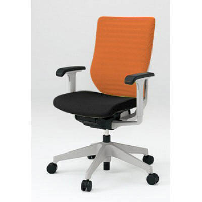イトーキ エピオス オフィスチェア ハイバックメッシュ アジャスタブル肘付 ブラック/オレンジ KE-457GB-ZGT1D3 1脚 (直送品)