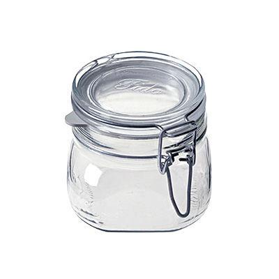 無印良品のソーダガラス密封ビンが使える。サイズ豊富でいろいろ収納♪