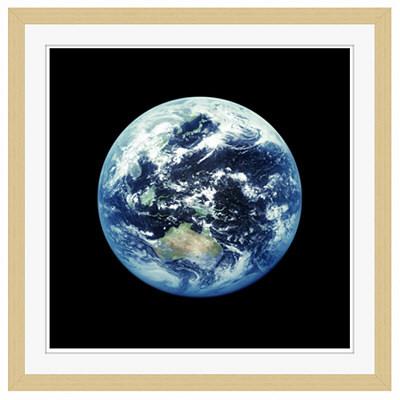 アートプリントジャパン 「人工衛星から見た地球イメージ」 フレーム/M/木目 1枚