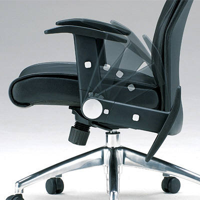 サンワサプライ 可倒式肘レザーチェア(ランバーサポート付き) オフィスチェア 肘付 ブラック SNC-L8 1脚 (直送品)