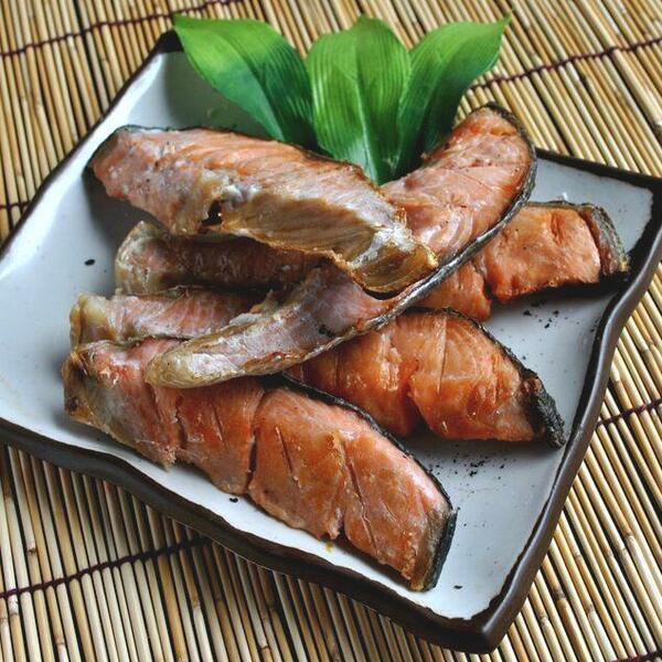 085 特上新巻鮭切身「C」 1本・2.4~2.6kg