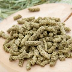 小麦粉を使わないうさぎのおやつできました 250g 小動物用のおやつ うさぎ 無添加 無着色 グルテンフリー
