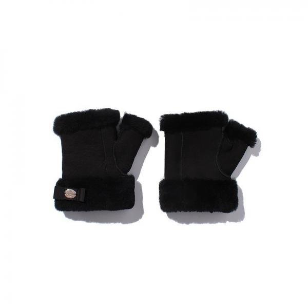 LANVIN SPORT(ランバン スポール)両手手甲カバー(17FW)VLK0215A0