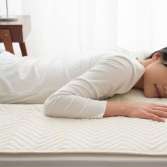ベッドパッド 敷きパッド シングルサイズ 100×200cm 洗える 抗菌 防臭 丸洗い 敷パッド ベッドパット パッド bed pad ウォッシャブル 速乾 洗濯洗い可 洗濯可 四隅ゴムバンド付き 新生活