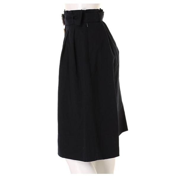 前ボタンベルトスカート