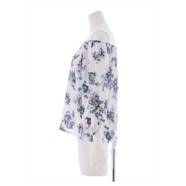 花柄5分袖オフショルダーブラウス