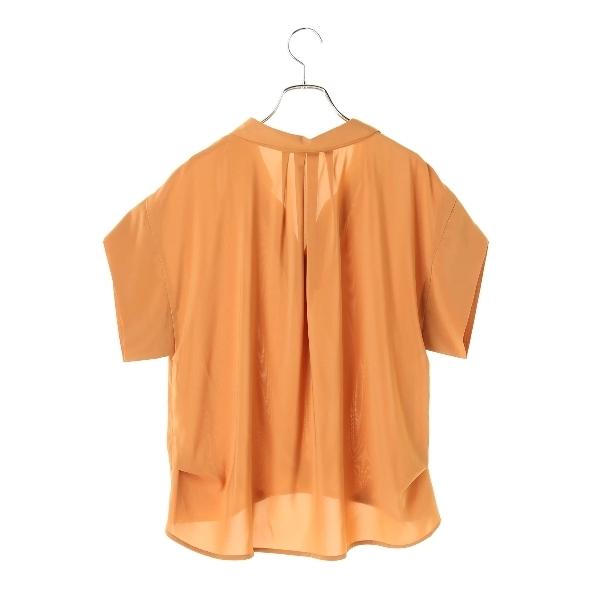 ・フロントタックシャツ