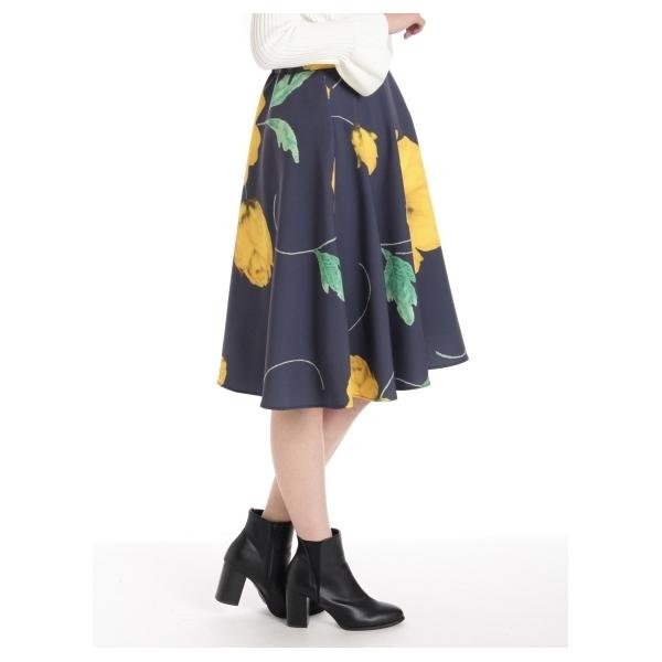 花柄サーキュラースカート