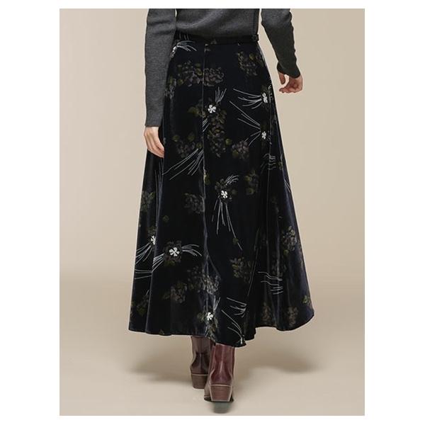 ベルベットプリントスカート