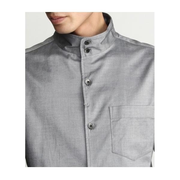 シャンブレースタンドカラーシャツ