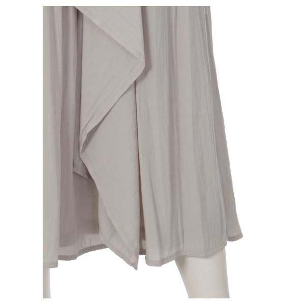 パウダーサテンアシメフリルロングスカート