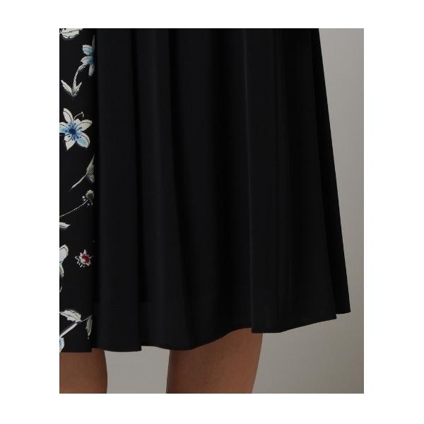 [L]【洗える】フラワー配色フレアスカート