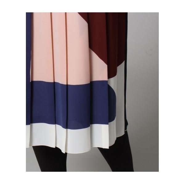 【洗える】幾何学柄モダンプリーツスカート