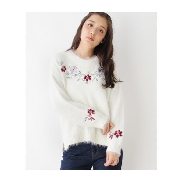 シャギー花刺繍ニット