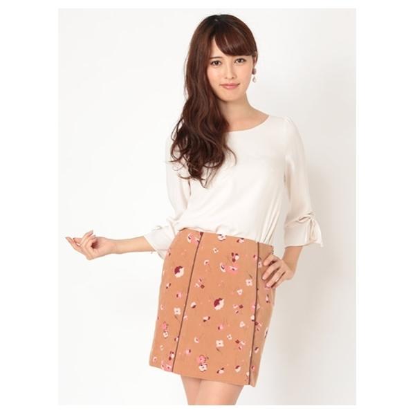 レトロ花柄台形スカート