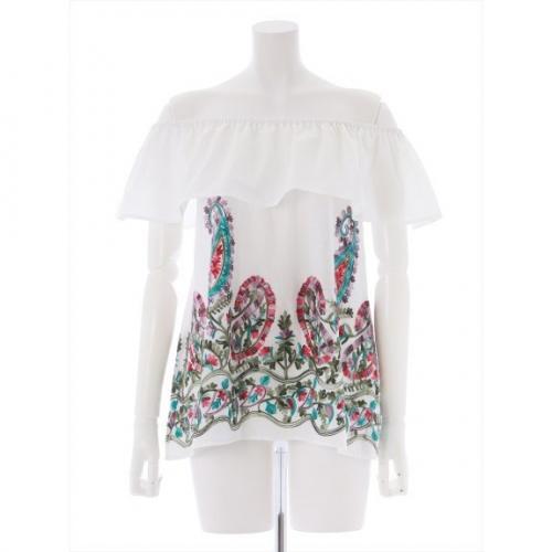 裾刺繍オフショルブラウス