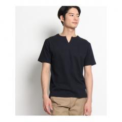 キーネックTシャツ