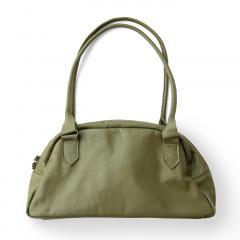 10%OFFクーポン対象商品 【送料無料】 女性をいつでも美しく見せる くったりレザーの上品ボストンバッグ(ヴィンテージオリーブ)[本革 バッグ:日本製] クーポンコード:KZUZN2T
