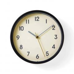 【送料無料】無骨な雰囲気の 小さめ置き掛け時計〈マットブラック〉