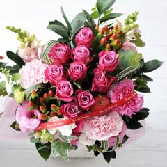 フラワーギフト 10本バラアレンジメント ピンク 生花 送料無料 誕生日 記念日 お祝い ギフトの画像