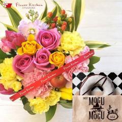 花とスイーツのセット バラアレンジ(ミックス系)と選べるスイーツカタログギフト 生花 送料無料 誕生日 記念日 お祝い