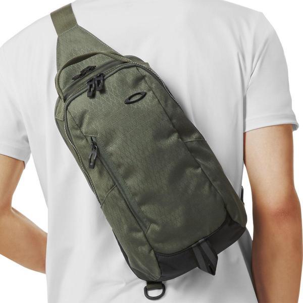 オークリー OAKLEYESSENTIAL 2.0 スリングバッグ