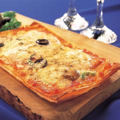 薄焼きピザ