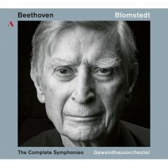 Beethoven ベートーヴェン / 交響曲全集 ヘルベルト・ブロムシュテット&ライプツィヒ・ゲヴァントハウス管弦楽団(5CD)(日本語解説付)【CD】