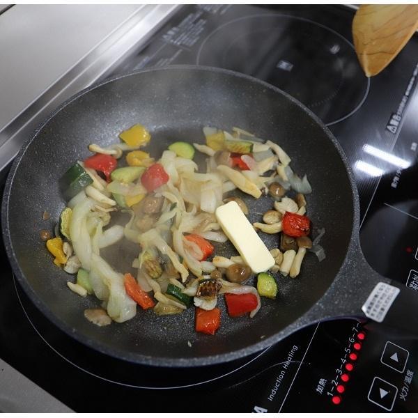 <冷凍2人前>ガリバタソースの鶏ももステーキ【20%OFFクーポン対象】
