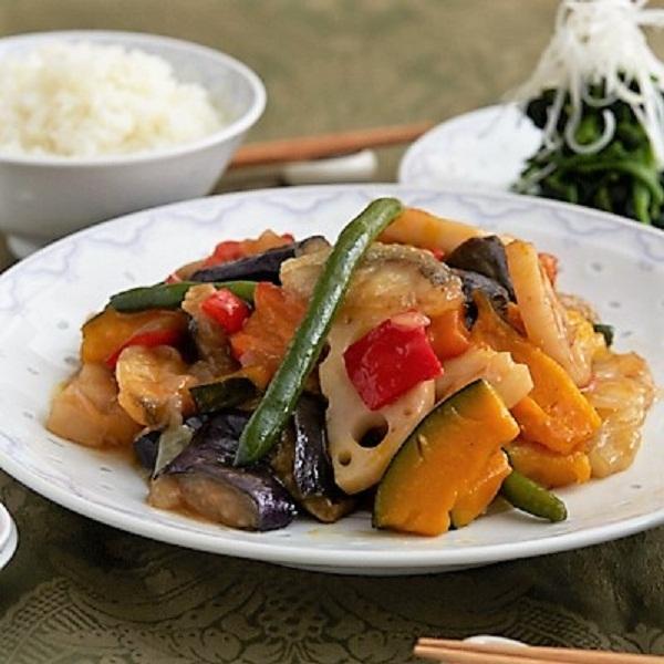 <冷凍2人前>彩り野菜とスケソウタラの黒酢あんかけ