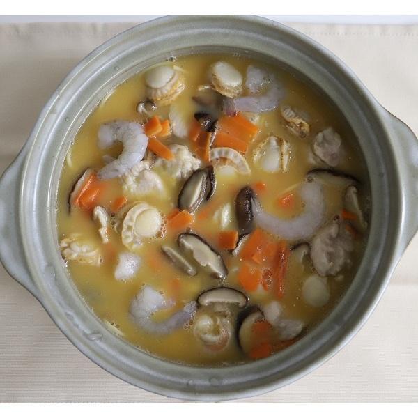 <冷凍4人前>海鮮具だくさん小田巻蒸し鍋<土鍋直径28cm使用>