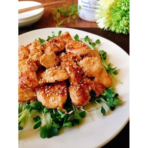 【新登場】<本日調理したお惣菜をお届け>アレンジいろいろ!おつまみチキン(ごま七味)150g入【16時~22時時間指定商品】