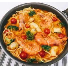<冷凍ミールキット>魚介たっぷりブイヤベース スープパスタ仕立て(4人前)<カット済野菜・計量済調味料