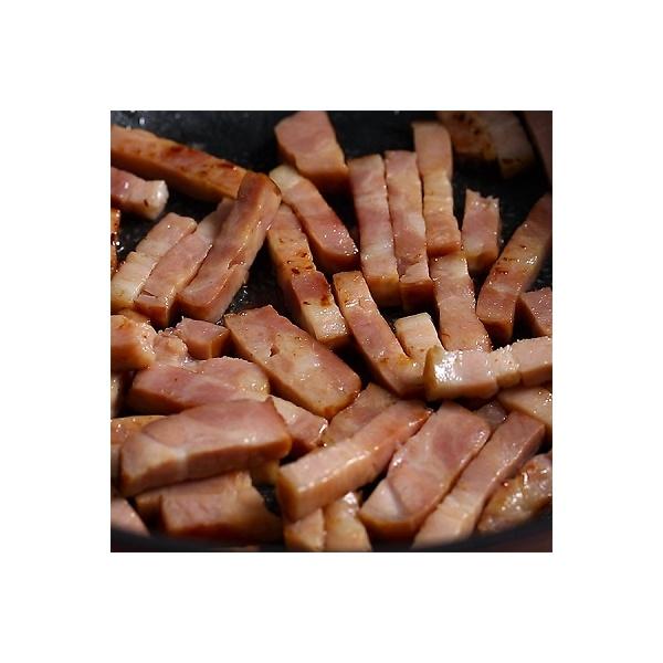 <冷凍4人前×2セット>きのこと鮭のクリームチーズチャウダー<カット済野菜・計量済調味料>