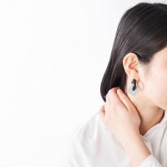 acrylic 860 GUM earring aluminium